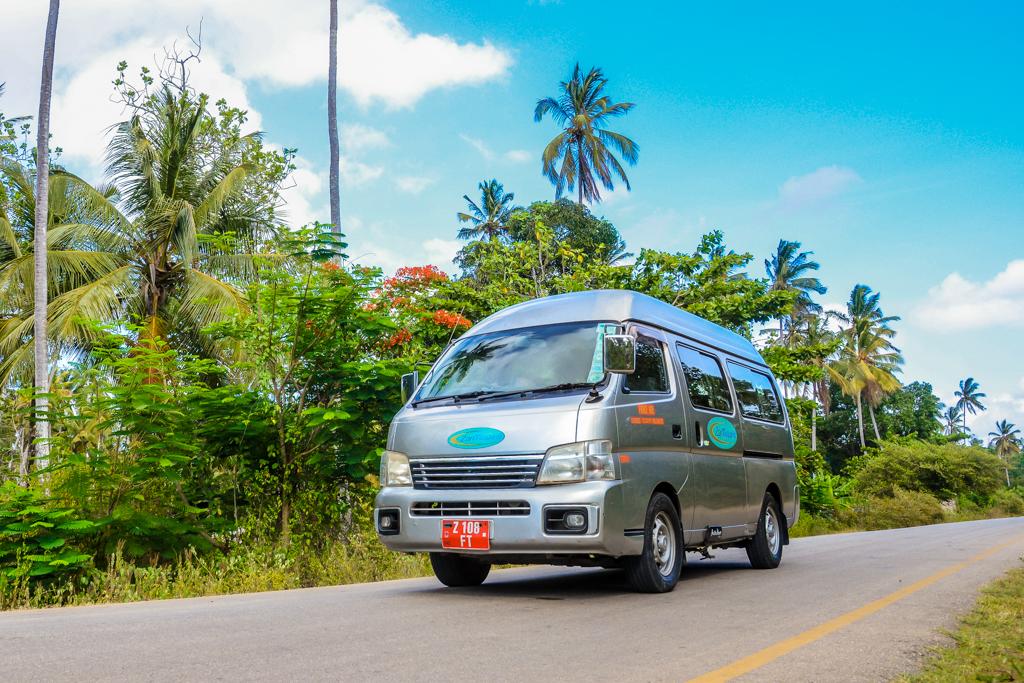 ZanTours vehicle fleet - 7 Seater