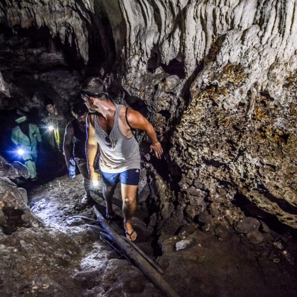 Pete Tour - Cave