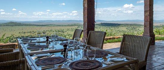 ZanTours Finest - Luxury Travel - Singita Sasakwa Lodge